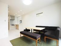 リビング:2階のワンフロアをLDKや浴室、トイレなどの共有スペースにすることで、自然と家族みんなが集まる空間に仕上げました。